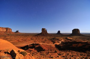 Monument Valley at mooshine.